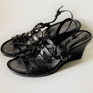 "Nurture Wedge Sandals ""Sonata"""
